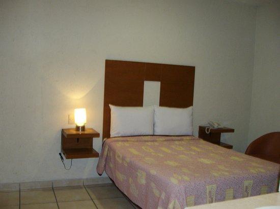 Hotel Casa de Oracion San Jose : habitación sencilla piso 1
