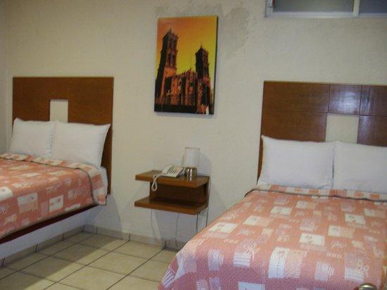 Hotel Casa de Oracion San Jose : habitación doble