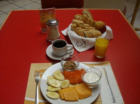 Hotel Casa de Oracion San Jose: desayuno
