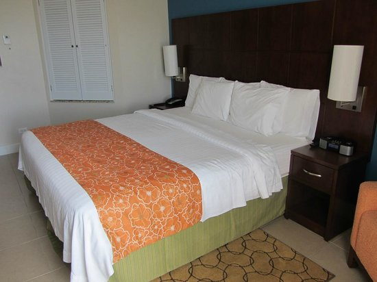 Courtyard by Marriott Bridgetown, Barbados :                                     Room 411