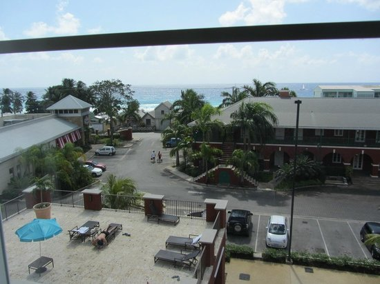 Courtyard by Marriott Bridgetown, Barbados:                                     View from 411 towards the entrance driveway and main road