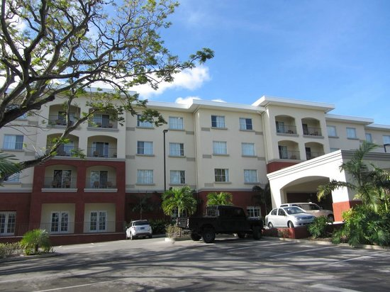 Courtyard by Marriott Bridgetown, Barbados:                                     View of the northern side of the hotel and Porte Cochere ent