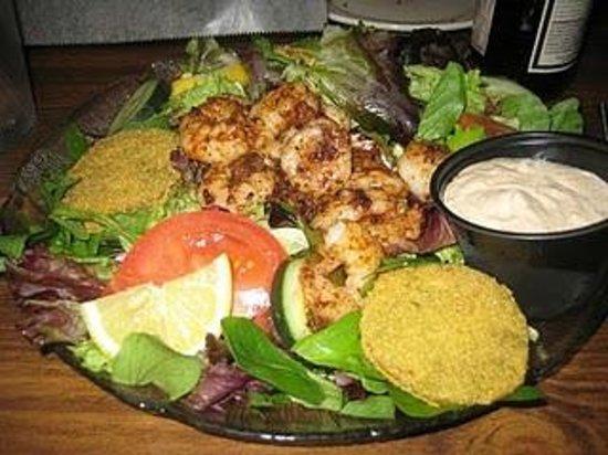 Bayou Smokehouse & Grill: Shrimp Remoulade Salad