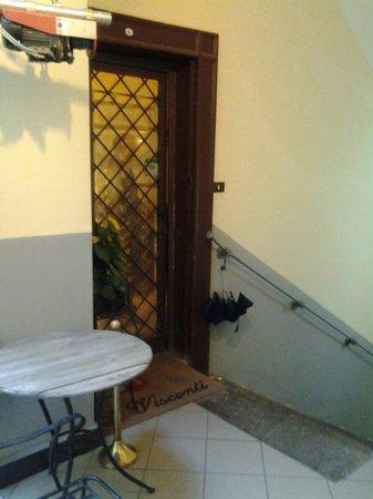 Bed and Breakfast Napoli I Visconti:                                     ingresso