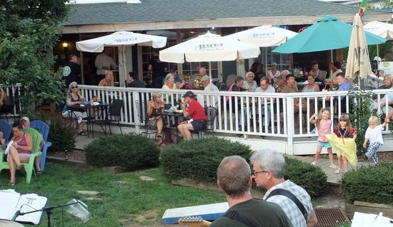 Bayou Smokehouse & Grill: Dining on the Bayou deck is a great way to enjoy the mild Banner Elk summers