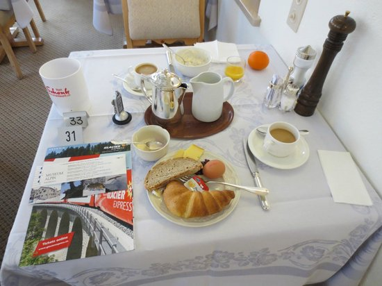Hotel Post:                   Breakfast