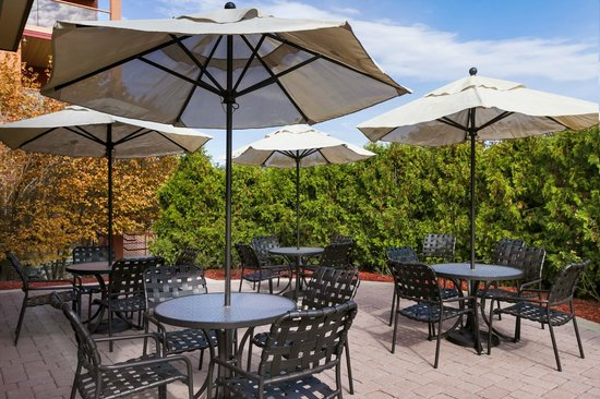 Hilton Garden Inn Wisconsin Dells: Outdoor Patio