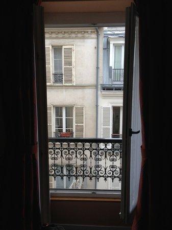 Hotel des Arts - Montmartre:                   Hotel des Arts