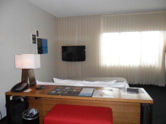 Custom Hotel: Acogedora habitación