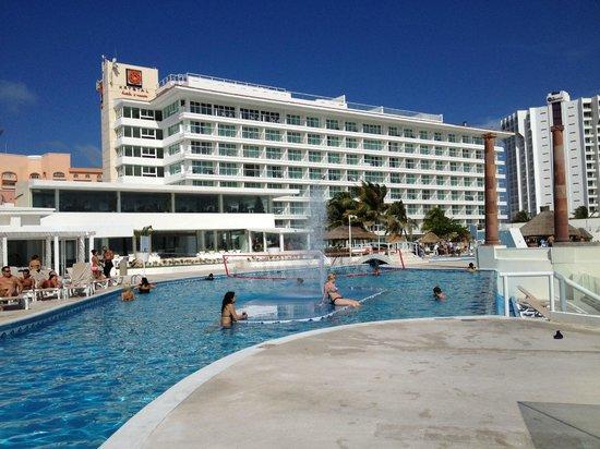 Krystal Cancun:                   praia