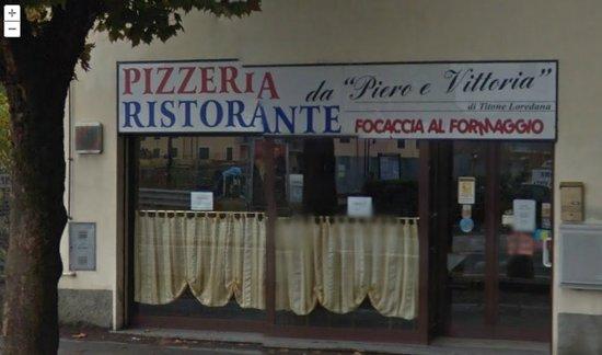 Ristorante Pizzeria da Piero e Vittoria:                                                       Ingresso