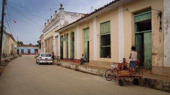Hostal El Patio :                   streetview