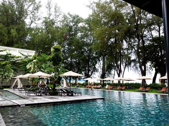 Lone Pine Hotel: the gorgeous pool
