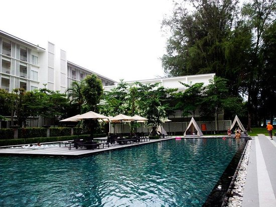 Lone Pine Hotel : the pool
