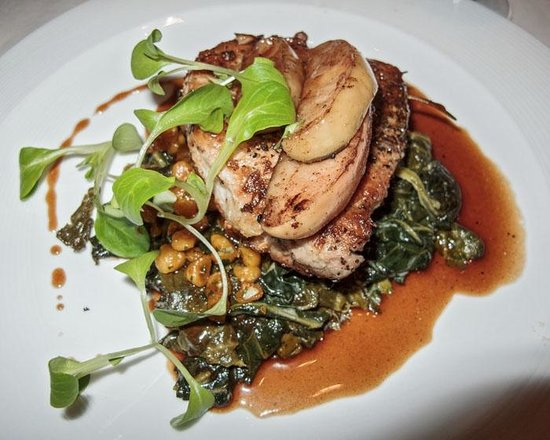 1789 Restaurant : Divine Pork Loin with the most amazing Kale and Pumpkin Spaetzle