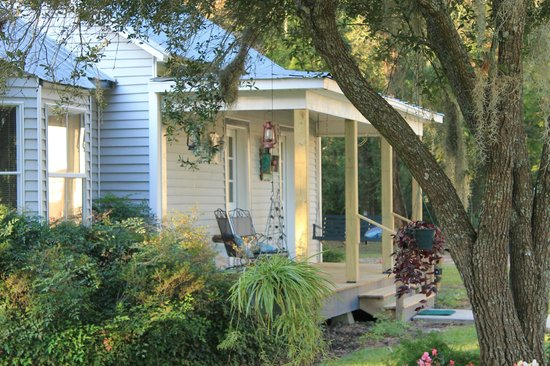 Country Charm Bed And Breakfast Breaux Bridge La