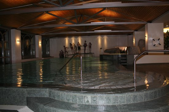 Hotel Steinbock:                   pool spa