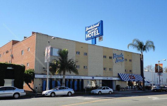 Beverly Laurel Motor Hotel:                   outside