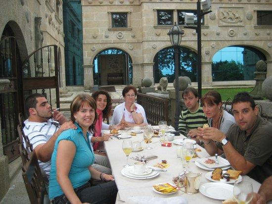 Pazo Los Escudos Hotel and Spa: TERRAZA JARDIN