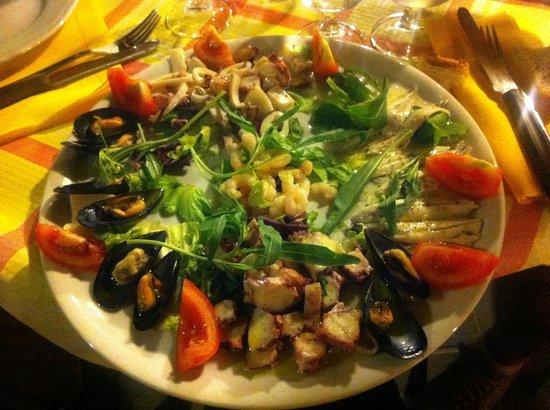Trattoria Costamarina & Restaurant:                   Antipasto