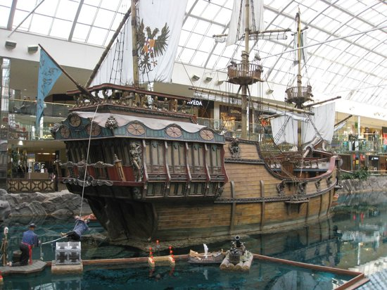 West Edmonton Mall 사진