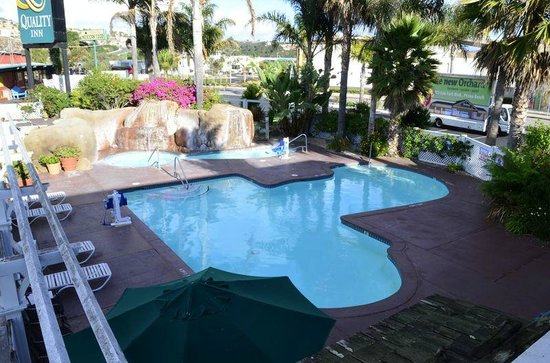 Quality Inn Pismo Beach: Pool & Hot Tub