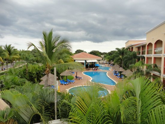 Sandos Playacar Beach Resort: adult only pool
