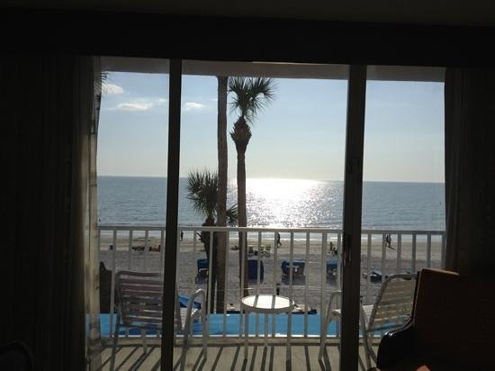 Doubletree Beach Resort by Hilton Tampa Bay / North Redington Beach:                   view from our room 209