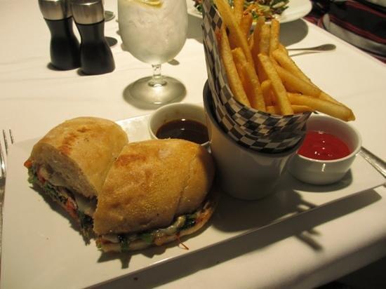 Zodiac Main St: Slow Roast Beef Salad
