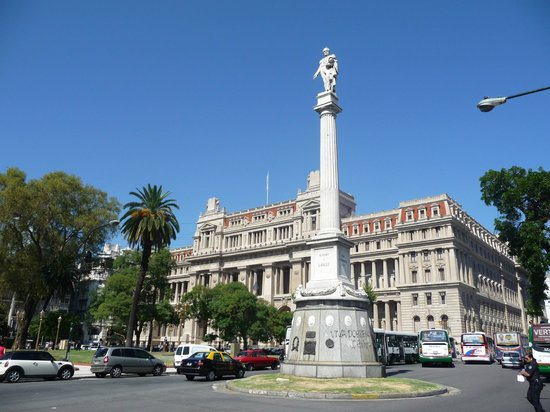 Plaza Lavalle (Lavalle Square)