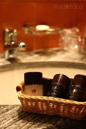 Michelangelo Hotel:                   バスルームのアメニティ