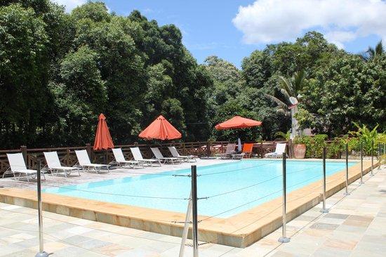 Hotel Evasion:                   piscine