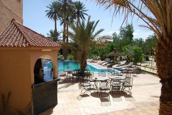 Kasbah Le:                   piscina del alberge