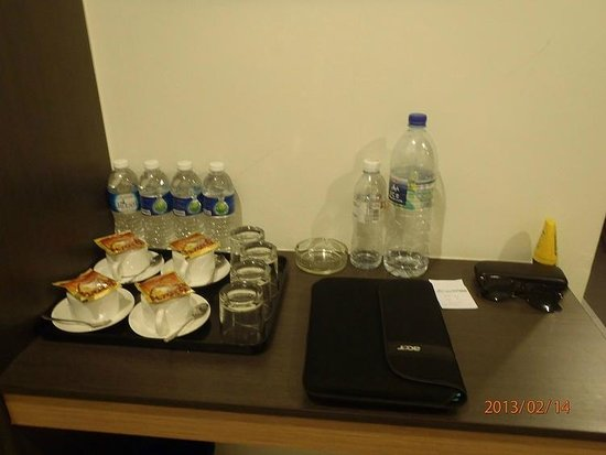 LEO Express Hotel:                   coffee and water