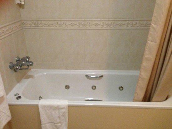 Hannon's Hotel :                   Bathroom