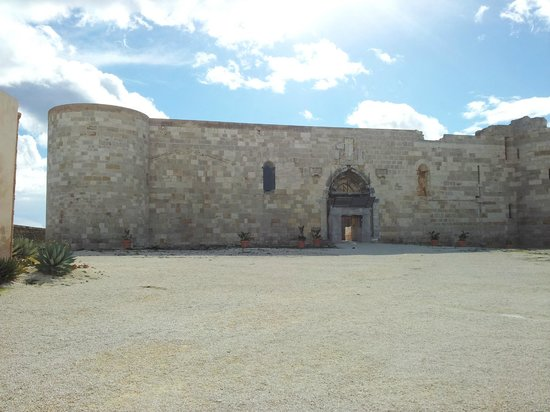 Castello Maniace:                                     The castle inside the fortifications