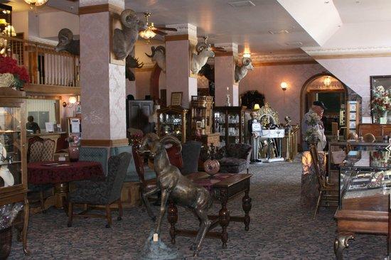 Delaware Hotel Lobby