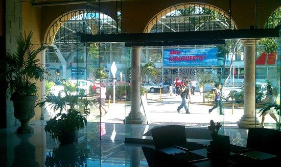 โรงแรมพลาซา คาริเบ:                   lobby