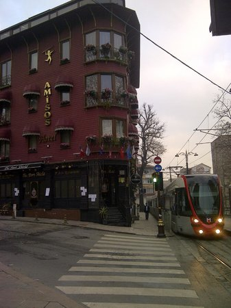 Best Western Empire Palace:                   Gulhane Tram Station
