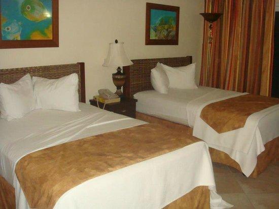 Rostrevor Hotel:                   Room