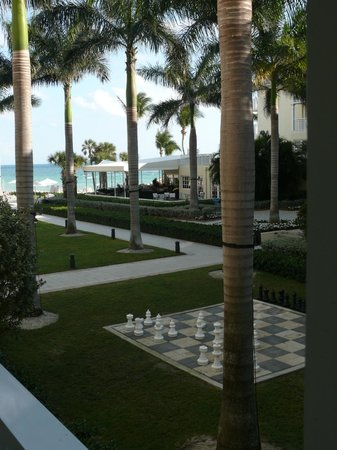 The Reach Key West, A Waldorf Astoria Resort:                   Courtyard with Chess Board