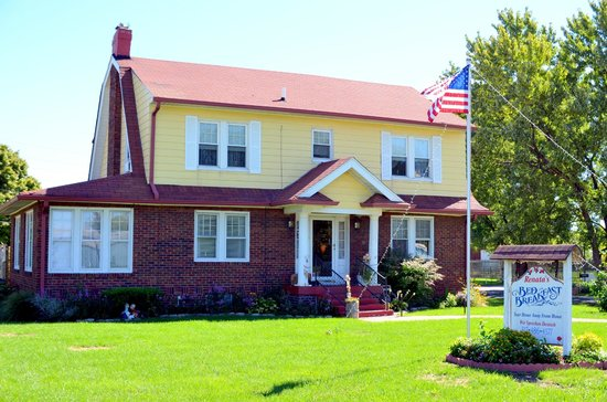 Renata's Bed and Breakfast: Renata's Inn is just minutes from the Indianapolis International Airport