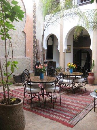 Riad Mur Akush: Dining & Lobby area - ground floor