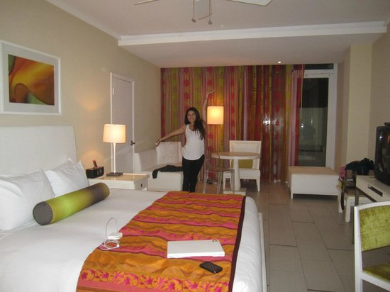 El San Juan Resort & Casino, A Hilton Hotel:                   very cute room