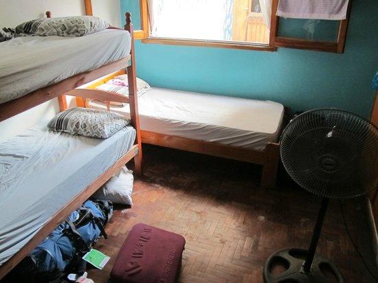 Tango Hostel :                   Bedroom