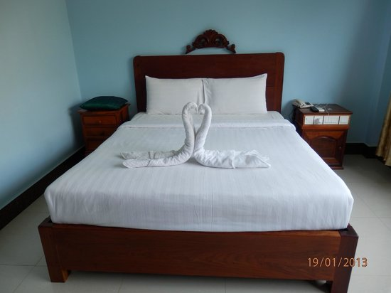 VY CHHE Hotel: Bedroom after service
