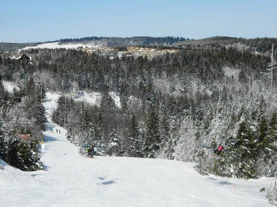 Snowshoe Mountain Resort: Ski Area near The Village