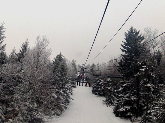 Snowshoe Mountain Resort: Riding Cubb Run Lift