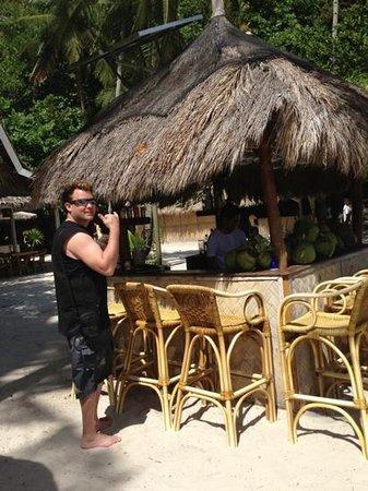 El Nido Resorts Miniloc Island:                   Entalula Island beach bar