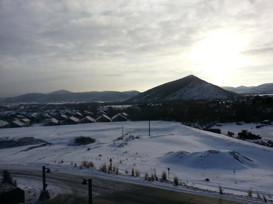 Waldorf Astoria Park City : View from 7th floor balcony